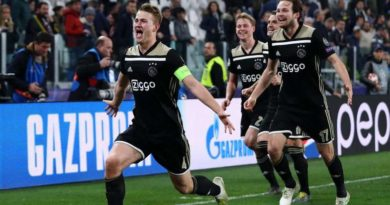 KNVB: Ajax è ora di Champions, corri verso la gloria.