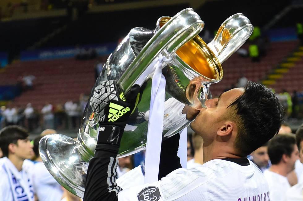 Navas festeggia la vittoria della Champions League. Bale e Navas addio al Real