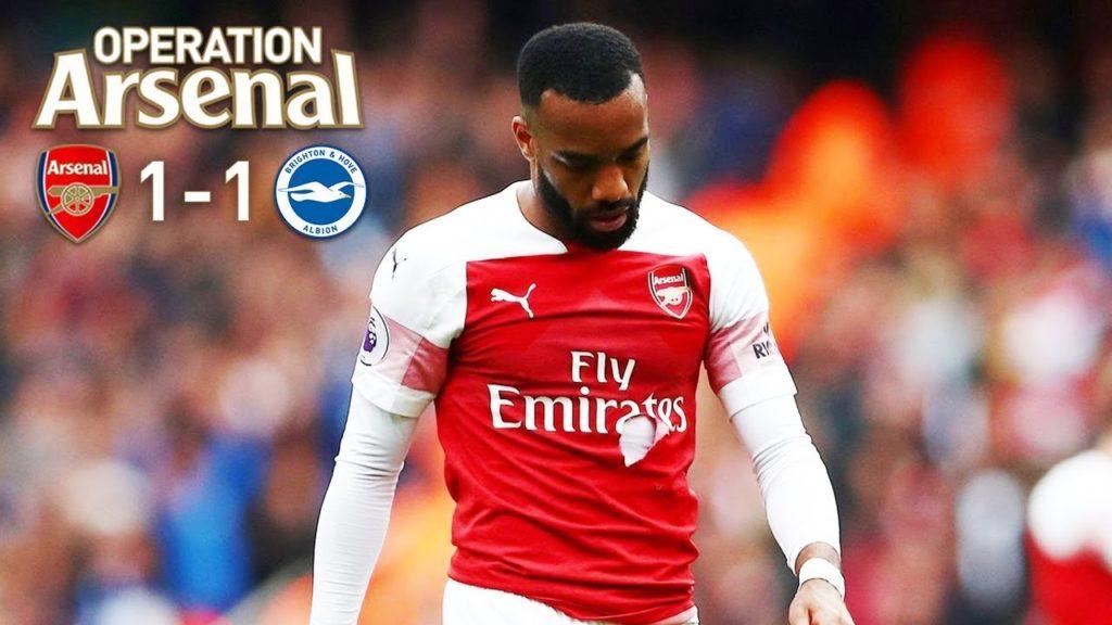 La delusione di Lacazette dopo il pari col Brighton che esclude l'Arsenal dalle prime 4 posizioni in Premier League.