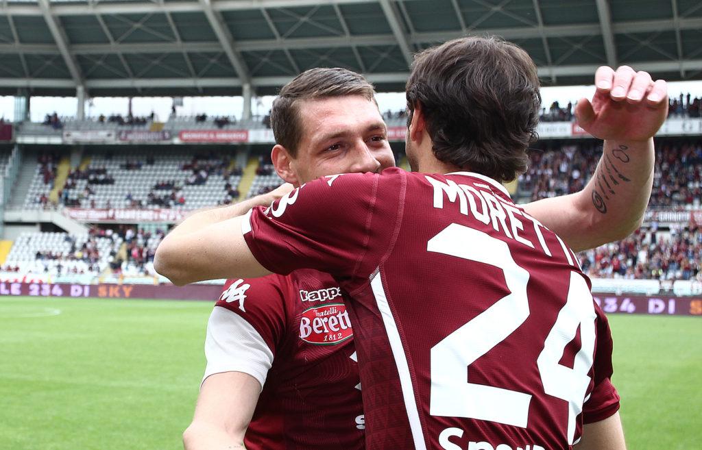 Abbraccio tra Moretti e Belotti nell'ultima partita di Moretti. Torino Lazio finisce 3a1 tra sorrisi ed addii.