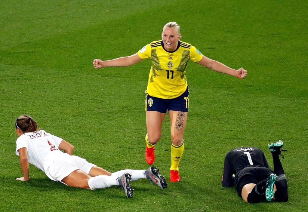 Stina Blackstenius, attaccante classe '96 della Svezia, esulta dopo il goal: Svezia-Canada 1-0.