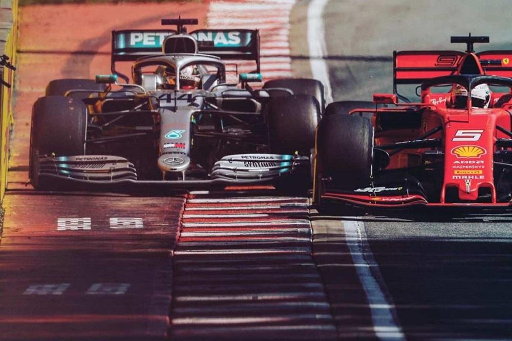 Vettel si allontana dalla Ferrari, Sainz si avvicina