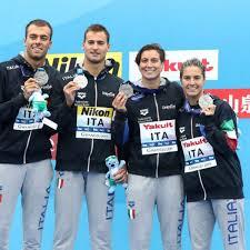 La squadra azzurra della staffetta mista che ha conquistato il bronzo nella 5 km