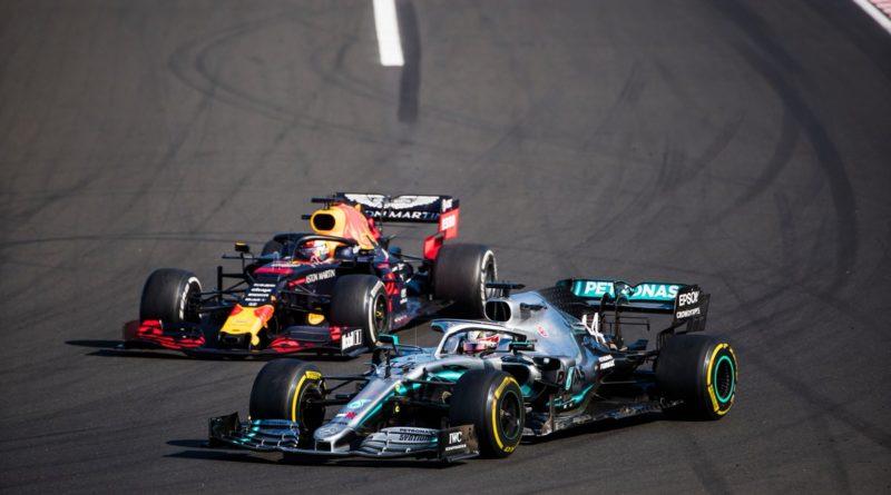 Hamilton beffa Verstappen e vola verso il sesto titolo!
