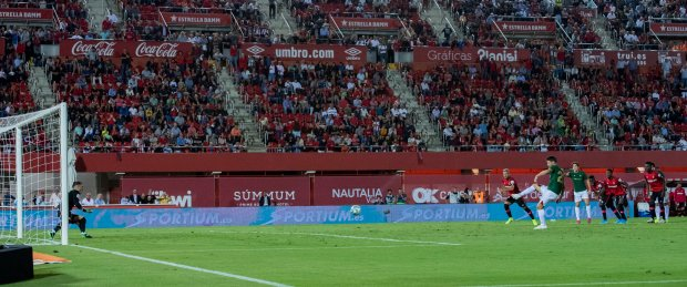 L'errore dal dischetto di Aduriz, che fa finire Mallorca-Bilbao 0-0.
