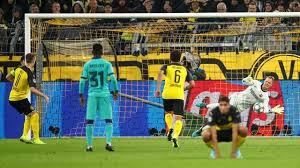 Nel match di coppa solamente un super Ter Stegen ha salvato i blaugrana dal KO in terra tedesca.