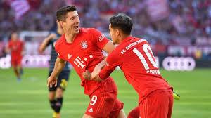 Nell'ultimo turno, anche grazie a una doppietta di Lewandowski, il Colonia è stato sconfitto per 4-0 in trasferta sul campo del Bayern Monaco.