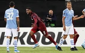Omrani colpisce la Lazio dopo aver colpito traversa e palo nella stessa azione e porta avanti il Cluj; pronostico di Lazio-Cluj.