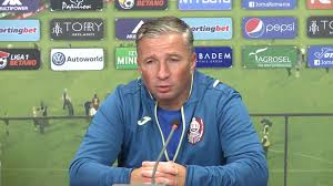 Dan Petrescu, allenatore del Cluj, è sicuramente pronto come tutta la sua squadra per questa gara di esordio nel girone di Europa League.