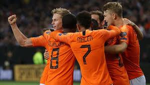 De Jong segna la rete del pareggio