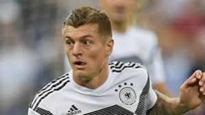 Kroos segna il rigore che porta le squadre sul momentaneo 2-2
