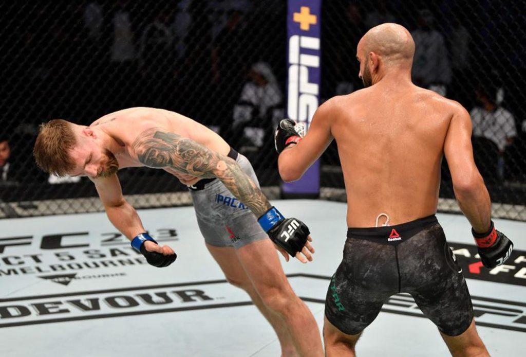 UFC 242: il KO di Ottman Azaitar