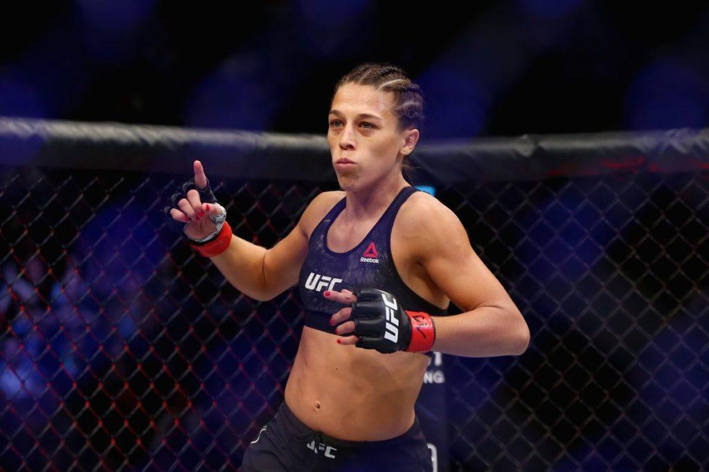 UFC Fight Night 161 - Il tipico ingresso di Joanna Jedrzejczyk nell'ottagono