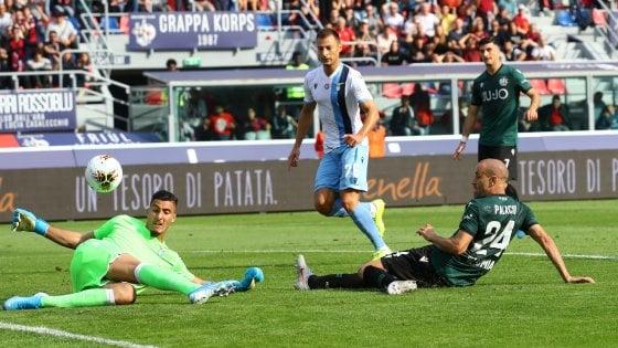 La rete di Palacio che riporta avanti il Bologna; Bologna-Lazio 2-1.