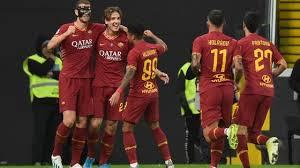 La gioia dei giallorossi dopo un gol