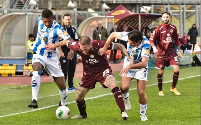 Ieri il Pescara si è imposto per 0-2 in casa del Livorno.