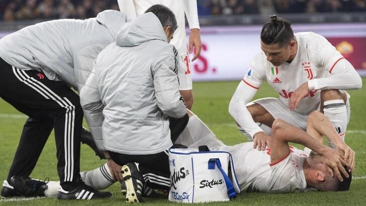 Demiral preso in cura dai medici della Juventus F.C.