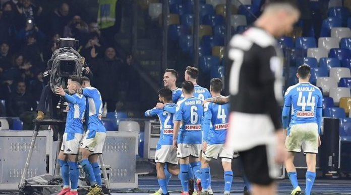 Napoli-Juventus 2-1: Zielinski e Insigne schiantano Sarri