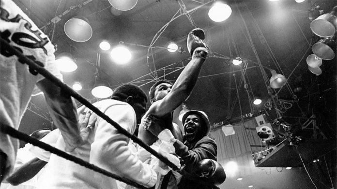 il 25 febbraio del 1964 Muhammad Alì diventa Campione del Mondo