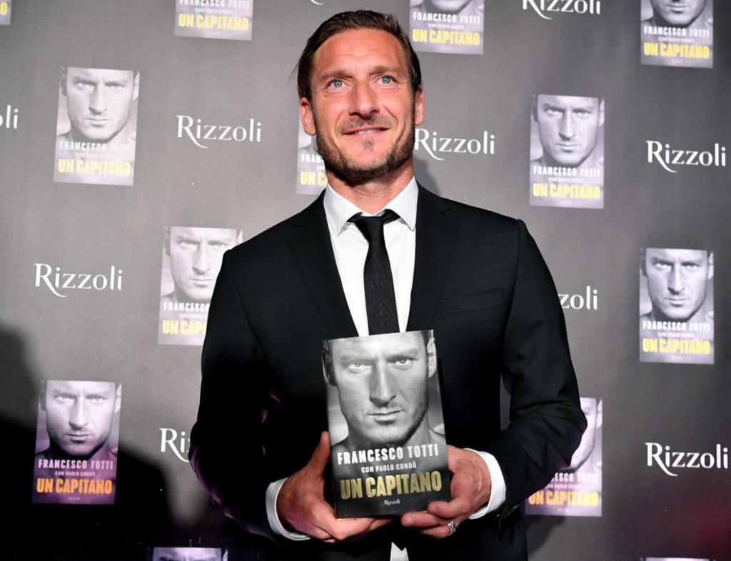 Libro Francesco Totti - Presentazione del libro a Milano
