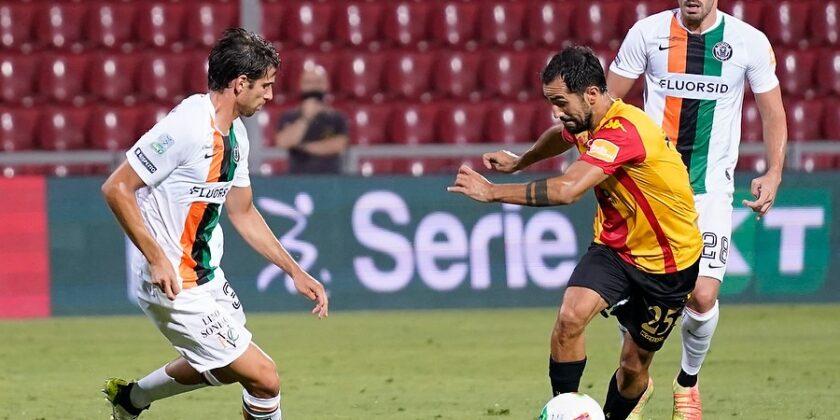 Il Venezia ha pareggiato 1-1 nell'ultima giornata contro il Benevento capolista.