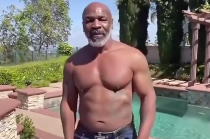 Mike Tyson torna