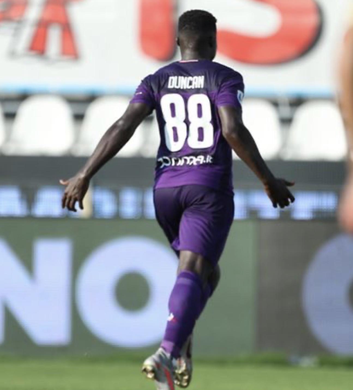 La Fiorentina supera la Spal allo scadere