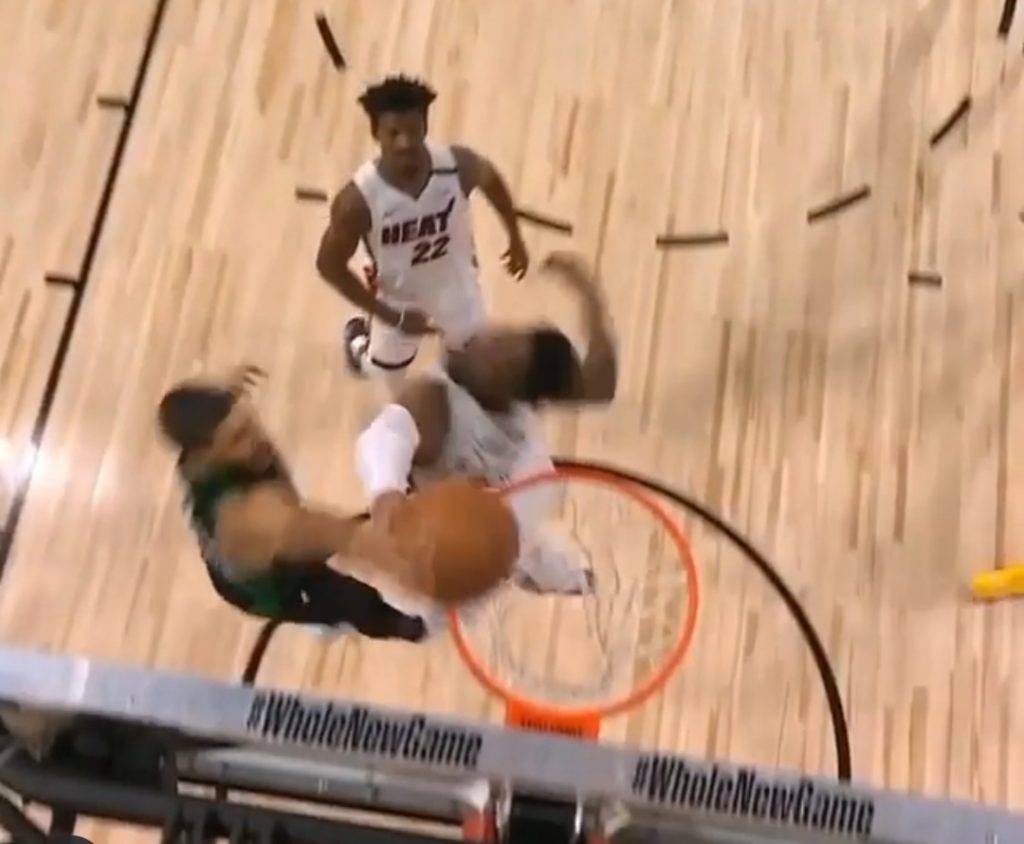 NBA Playoff 2020, niente rimonta per Denver: LeBron guida i Lakers in gara 5, Finals per i gialloviola