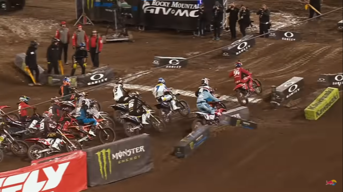 supercross 2021 infortunati indianapolis