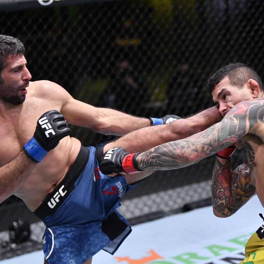 UFC - Il meglio di Febbraio 2021 - Beneil Dariush Vs Diego Ferreira